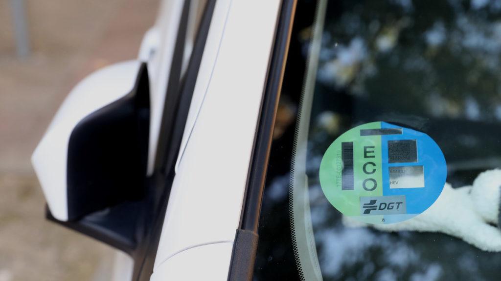 Etiqueta Eco, una de las 5 ventajas de los coches híbridos