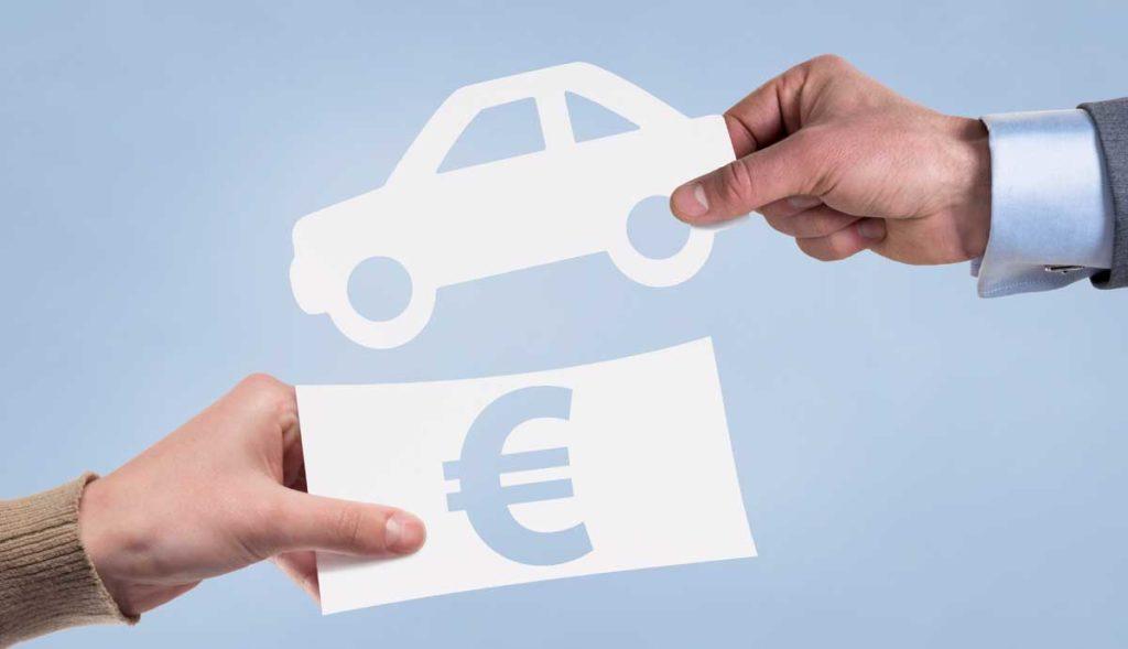 Diferencias entre coche híbrido y eléctrico: impuesto de matriculación